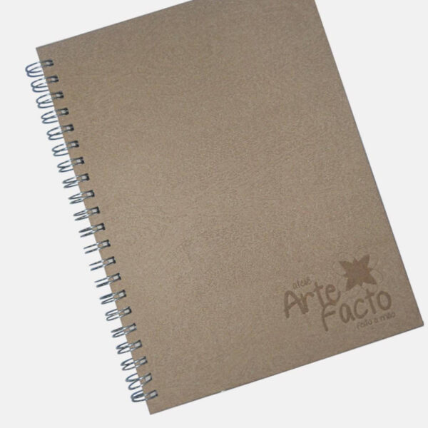 Caderno Efeito Madeira e Reciclado Texturizado